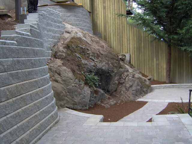 Custom & Engineered Rock Walls