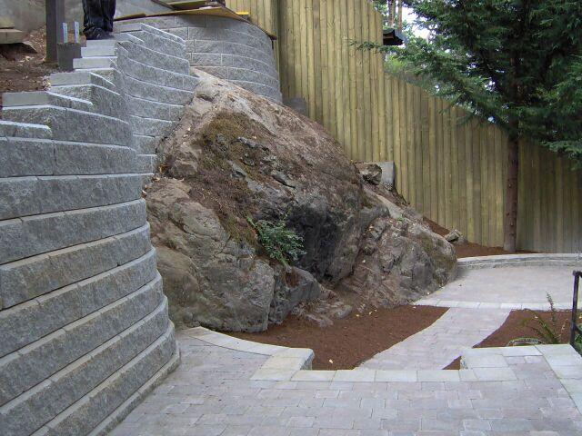 Custom & Engineered Rock Walls